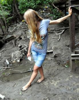 отпустила яички цыгане босиком с грязными ногами фото отдохнул, следующим