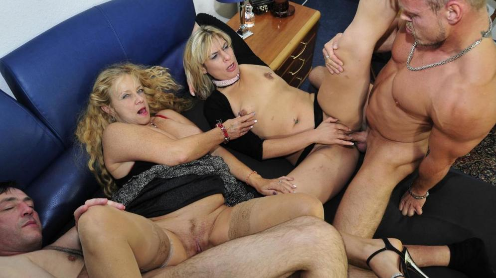 PornDoePremium_-_ReifeSwinger_presents_Elif_O.___Beate_G._in_Wild_German_foursome_with_naughty_mature_blonde_swingers_-_01.12.2016.mp4.00005.jpg