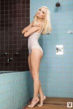 2013-09-14 Danielle Trixie Sex And Steam